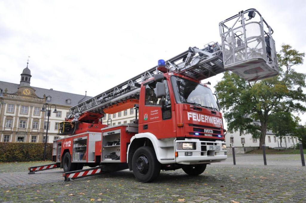 Bueren DLK23 - Freiwillige Feuerwehr Büren