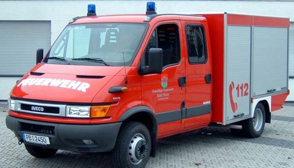 Tragkraftspritzenfahrzeug - Freiwillige Feuerwehr Büren