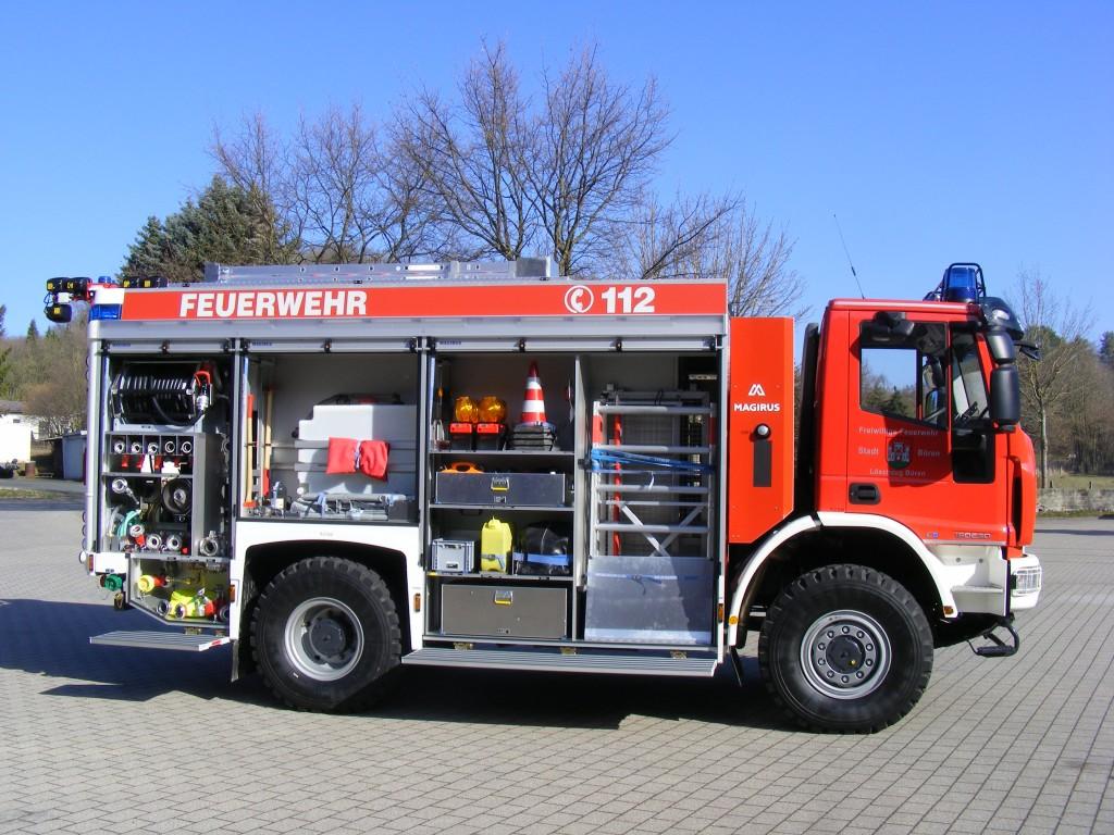 Tanklöschfahrzeug 4000 - Freiwillige Feuerwehr Büren