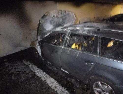 Büren: brennt PKW in Tiefgarage