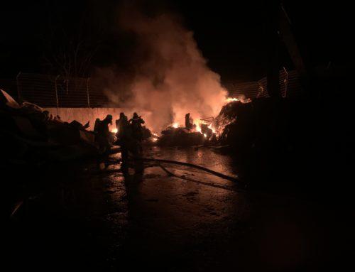 Büren: Brand bei einem Müllentsorgungsunternehmen